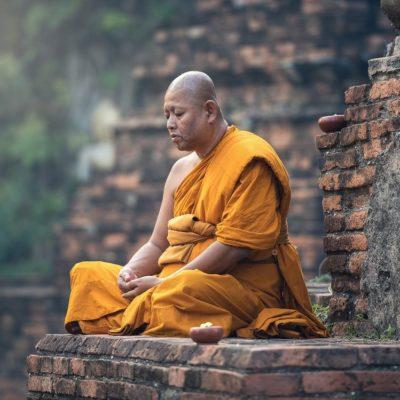 Yoga und Stille im Kloster mit Bhakti